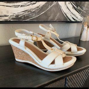 Nurture off-white wedge heel